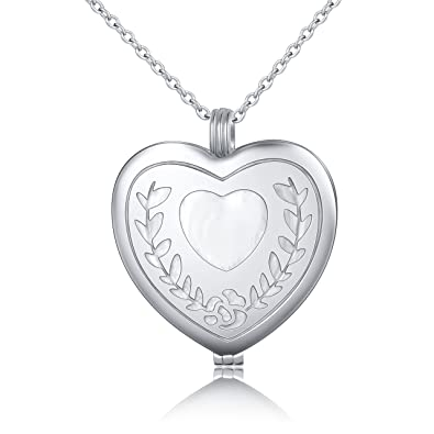 S925 Sterling Silver Heart Shape with a Paw Print Pendant Necklace gEPz76N