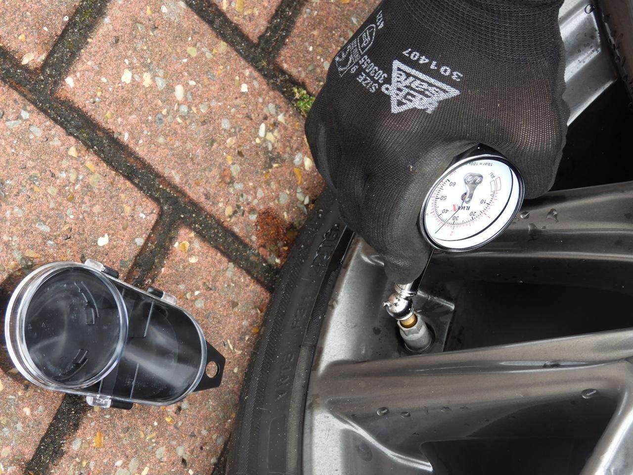 Man/ómetro para presi/ón de neum/áticos RACE X RX0014