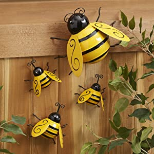 Metal Wall Art, 4PCS Metal Bumble Bee Wall Décor, 3D Iron Bee Art Sculpture Hanging Wall Decorations for Outdoor Home Garden Patio Yard Lawn Fence