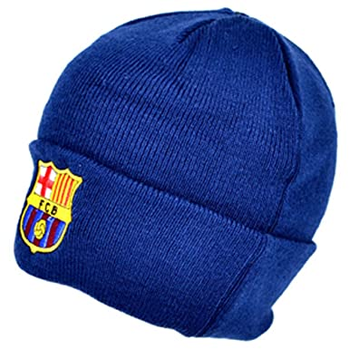 FC Barcelona Official Knitted Winter Football Crest Beanie Hat   Amazon.co.uk  Clothing 2d68ac0cf21