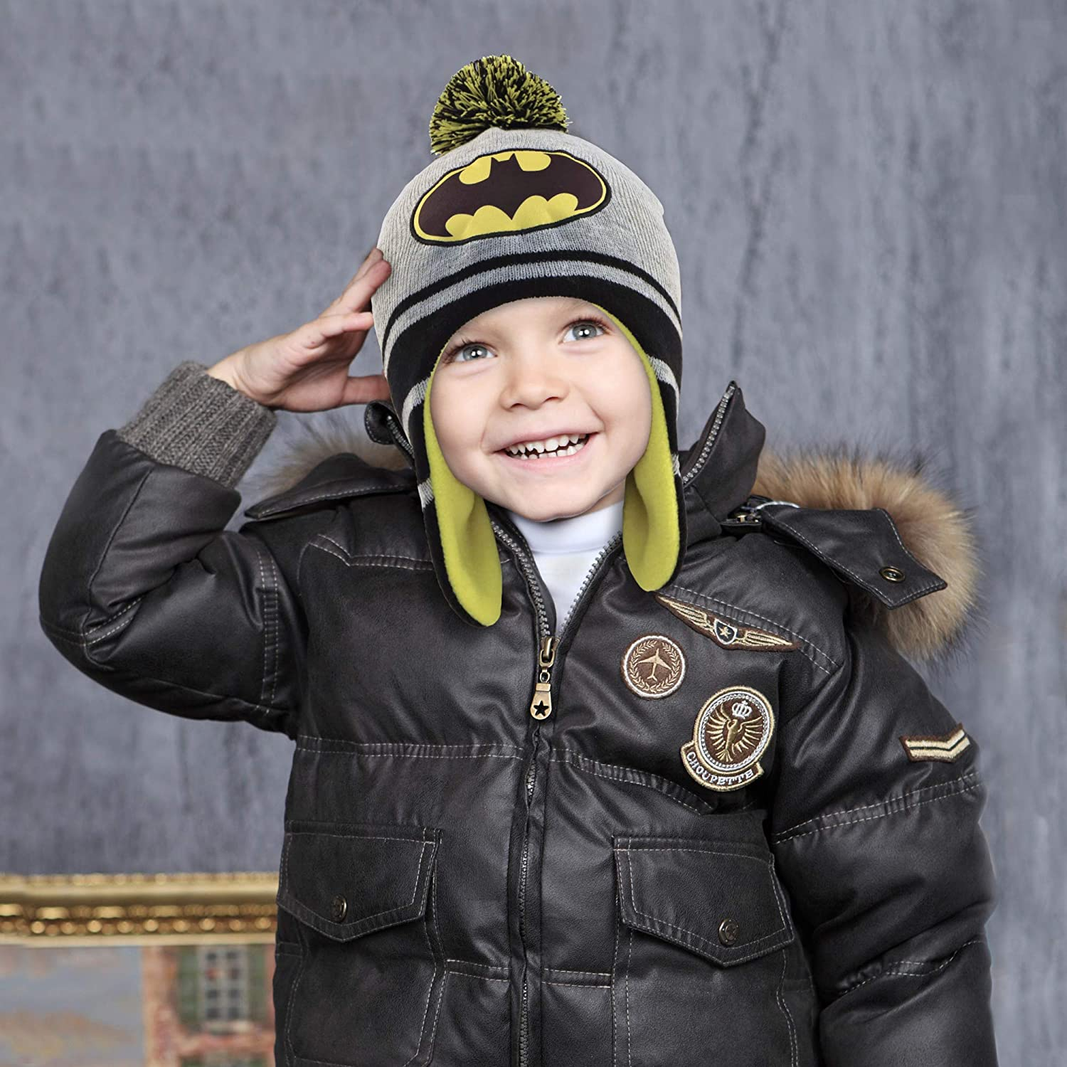 ea025e3cb36 DC Comics Toddler Boys Batman Hat and 2 Pair Mittens Cold Weather ...