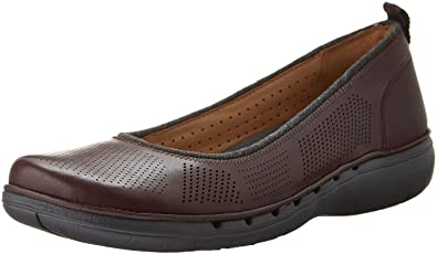 b17340bd065 Clarks Women s s Un Elita Flat  Amazon.co.uk  Shoes   Bags