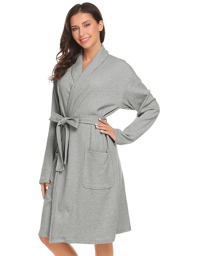 834e68fc6f5943 Damen Bademantel Baumwolle Langarm Morgenmantel Waffelpique V Kragen Kimono  Saunamantel Robe mit Taschen Grau Weiß Navy Blau: Amazon.de: Bekleidung