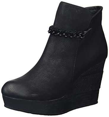 Women's Strive Fashion Boot