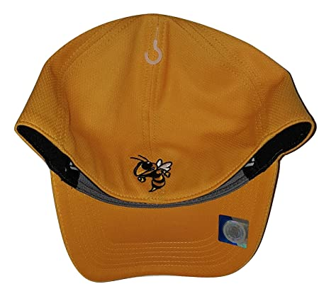 sports shoes 6a93a d3515 Amazon.com   Top of the World Georgia Tech Yellow Jackets Booster Cap    Sports   Outdoors