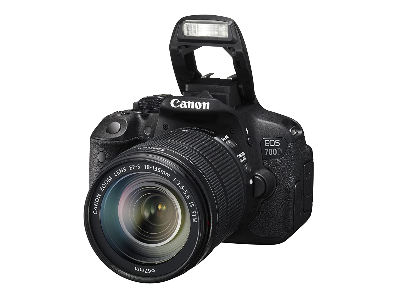 Canon EOS 700D + EF-S 18-135 IS STM: Amazon.es: Electrónica