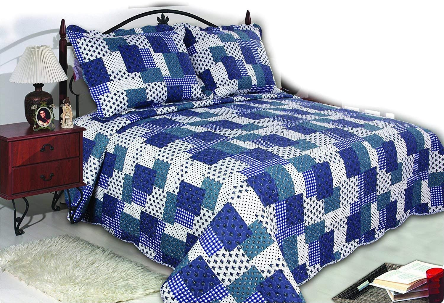 Amazon Com All For You 3 Piece Reversible Bedspread Coverlet Quilt Set King Size 90 X 100 Blue Patchwork Prints Home Kitchen
