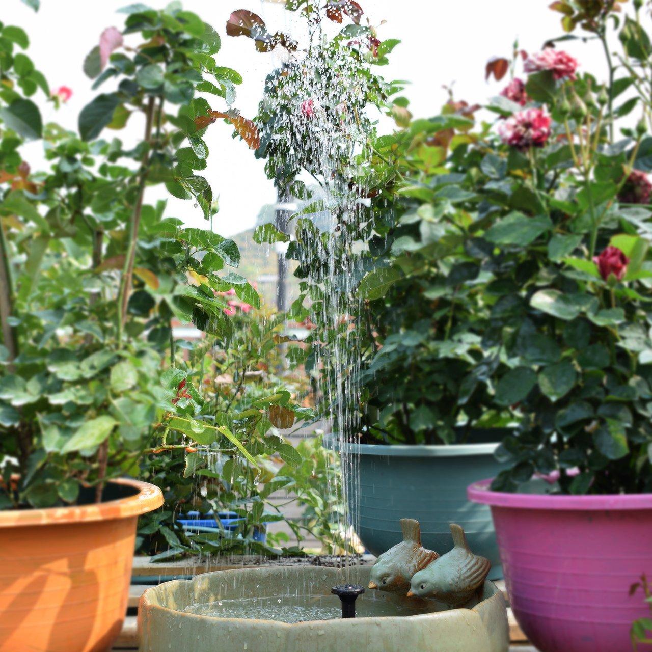 Gocheer Bomba de Agua Solar Sumergible, Independiente y Flotante, de 1.8W, con 4 rociadores para Diferentes flujos de Agua, baños de Aves, estanques pequeños y circulación de Agua