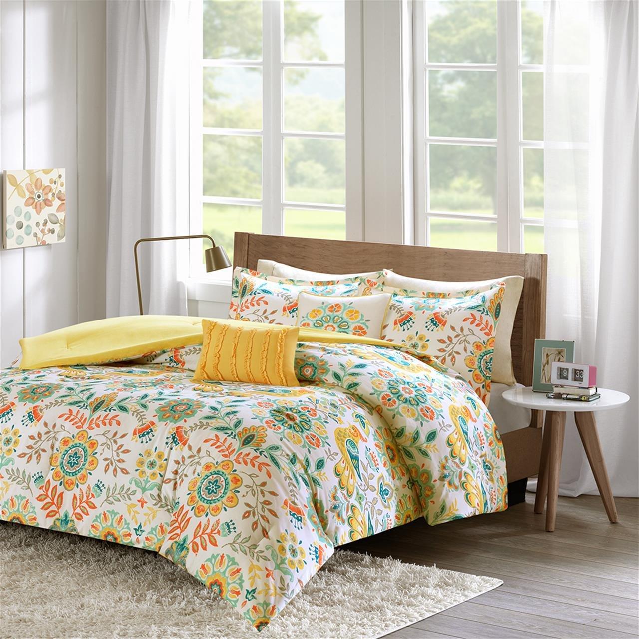 Intelligent Design Nina Comforter Set Twin/Twin XL Size - Orange, Medallion – 4 Piece Bed Sets – Ultra Soft Microfiber Teen Bedding for Girls Bedroom