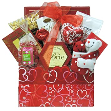 Amazon Com Greatarrivals Gift Baskets Hugs And Kisses Valentine S
