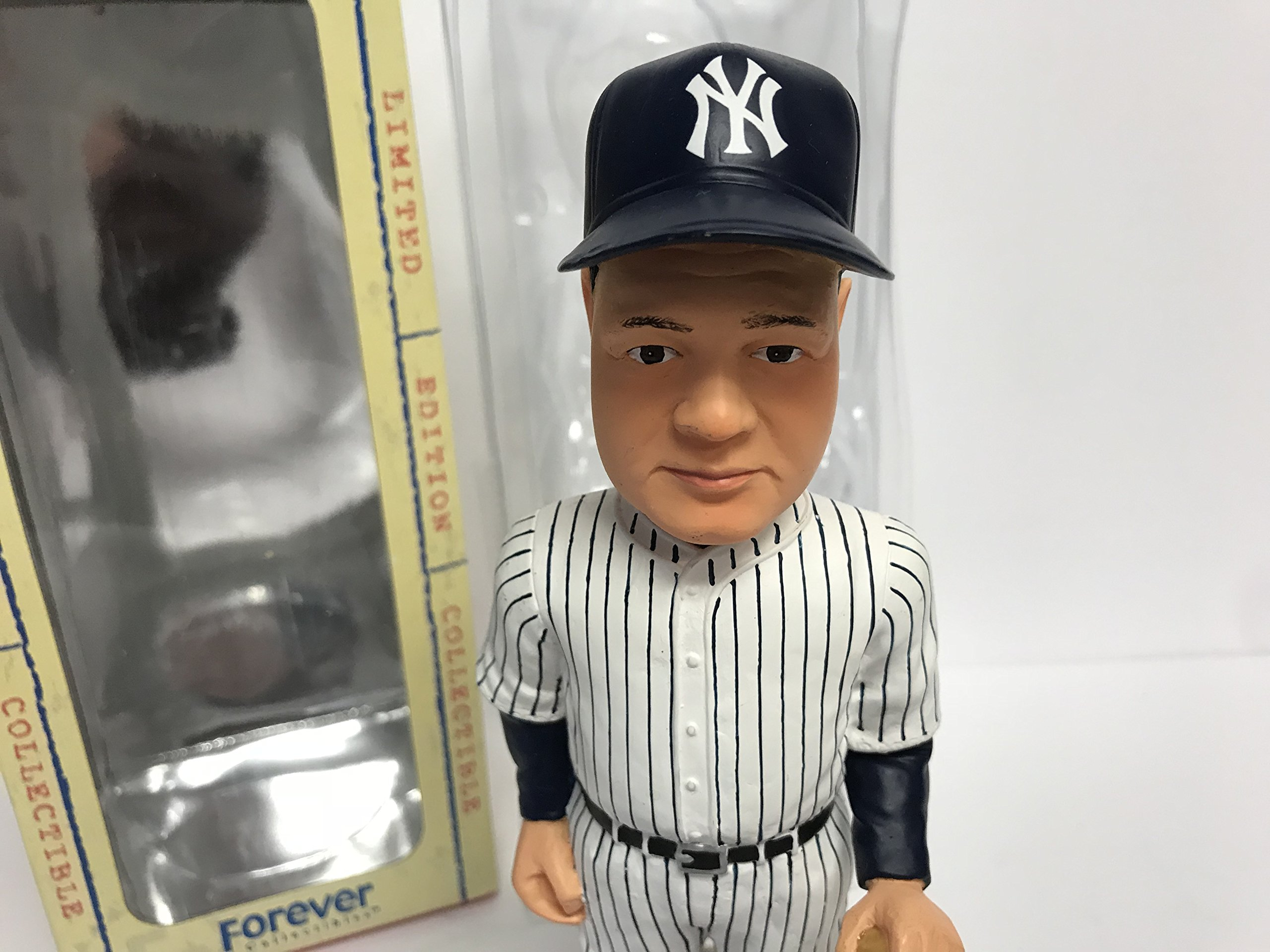 Babe Ruth (pinstripes) New York Yankees Legends of the Park Cooperstown LIMITED EDITION Bobblehead