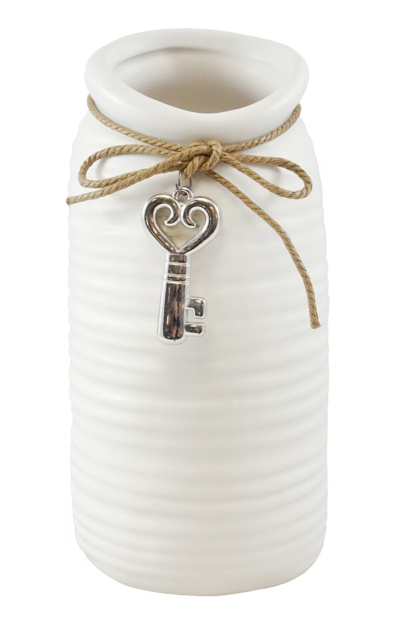 Vintage Style Heart Key Ceramic Vase