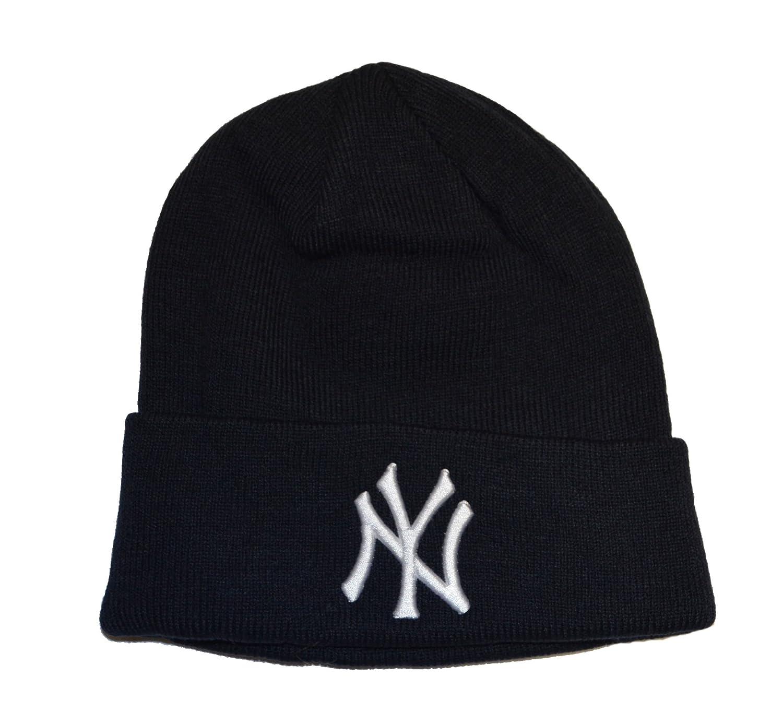 2f9c9fd3ee9 Amazon.com   New York Yankees Blue Beanie Hat - MLB Cuffed Winter Knit Cap    Ny Yankees Beanie   Sports   Outdoors