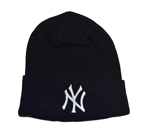 77f56c0cda1 Amazon.com   New York Yankees Blue Beanie Hat - MLB Cuffed Winter Knit Cap    Ny Yankees Beanie   Sports   Outdoors