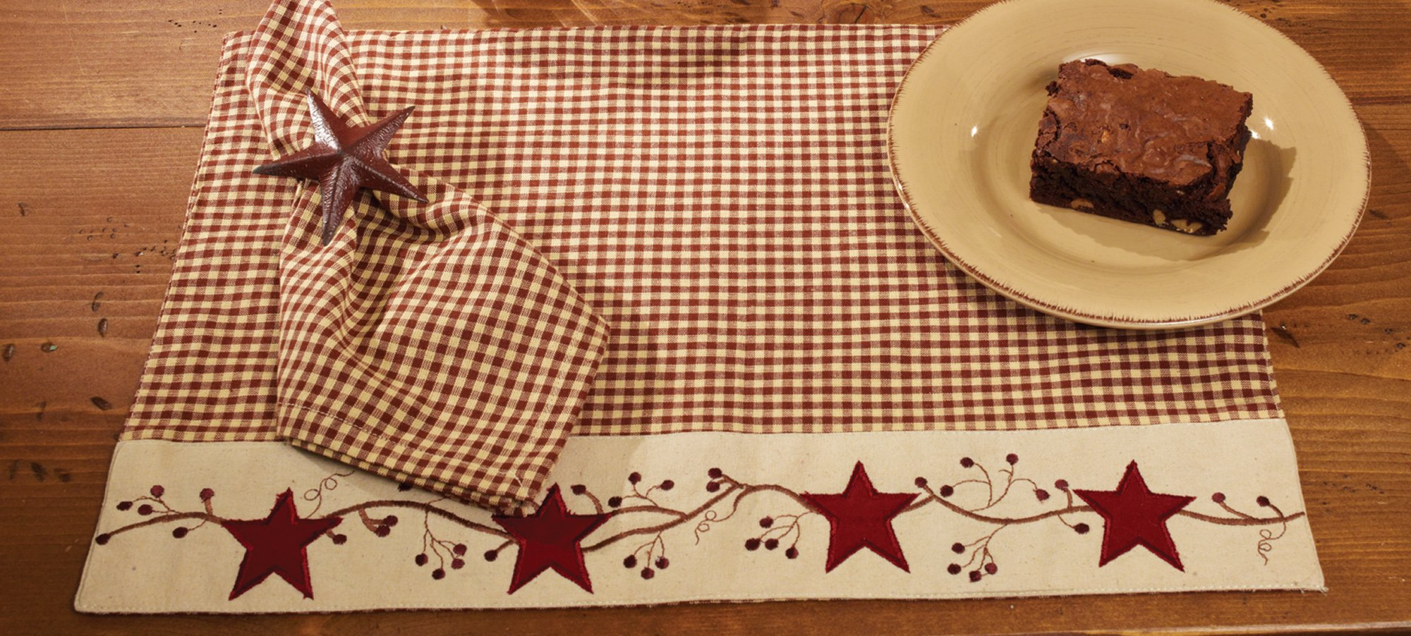 Red Barn Stars and Berries Country Check 13 x 19 Cotton Embroidered Appliqued Placemats Set of 4