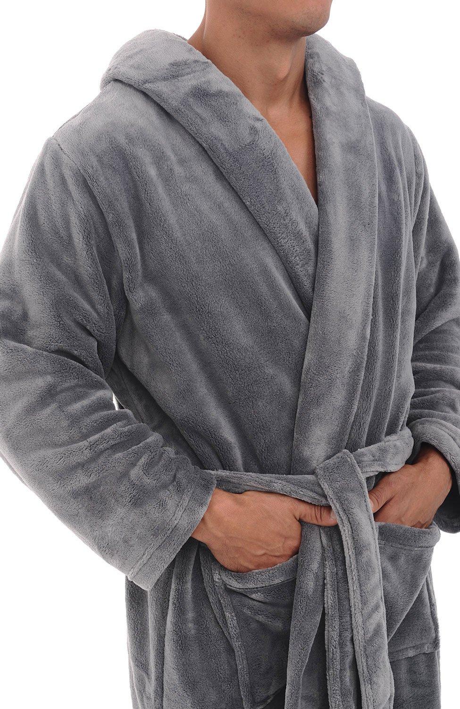 Alexander Del Rossa Men's Plush Fleece Robe with Hood, Warm Big and Tall Bathrobe