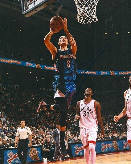 7b6f9035a Signed Zach LaVine Photograph - 8X10 COA - Autographed NBA Photos at ...