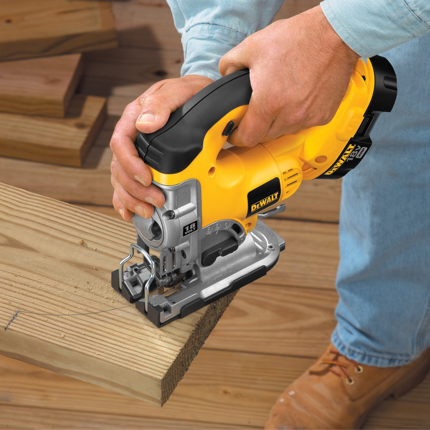 Dewalt dc330k heavy duty 18 volt ni cad cordless top handle jig saw dewalt dc330k heavy duty 18 volt ni cad cordless top handle jig saw kit power jig saws amazon greentooth Choice Image