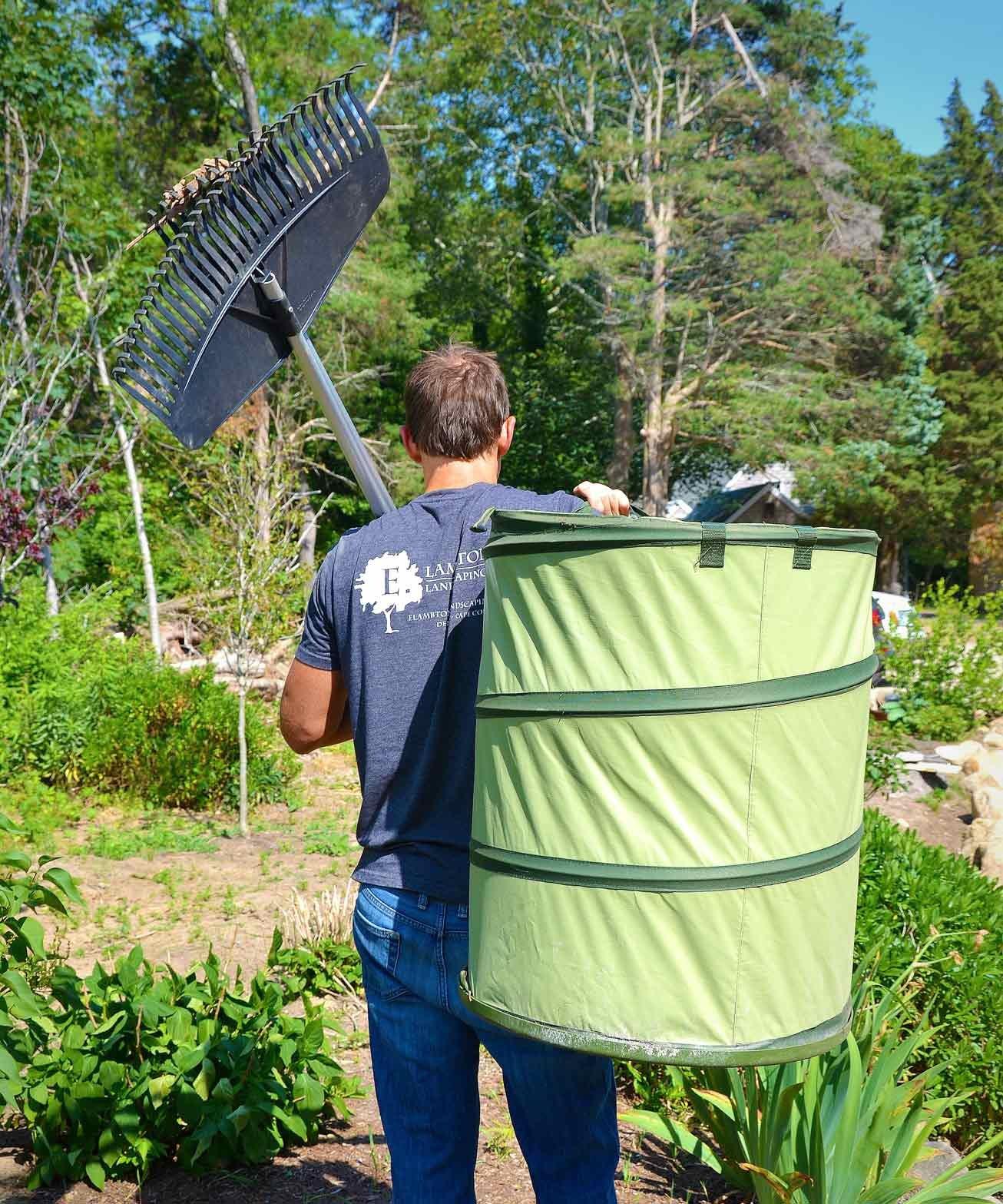 Fiskars 30 Gallon HardShell Bottom Kangaroo Garden Bag by Fiskars