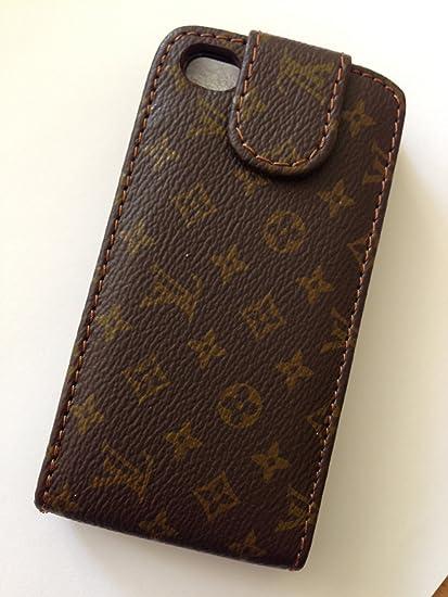 00e33e97dd3e Louis Vuitton Apple iPhone 4 and 4S Gold Classic Cases.  Amazon.co.uk   Electronics