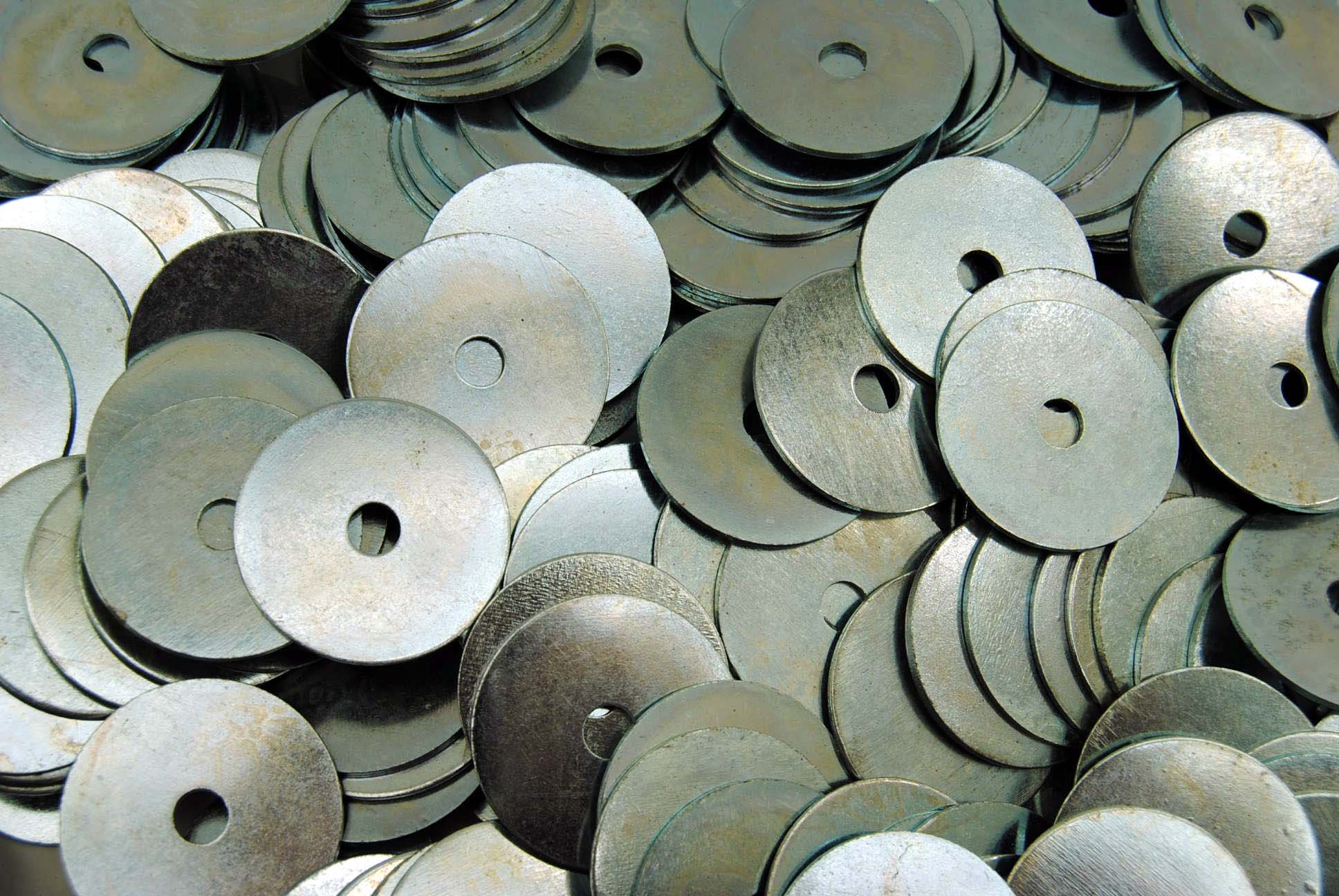(300) Oversized Fender Washers 1/4 x 1-1/2 OD - Zinc Plated by Lexar Industrial (Image #1)
