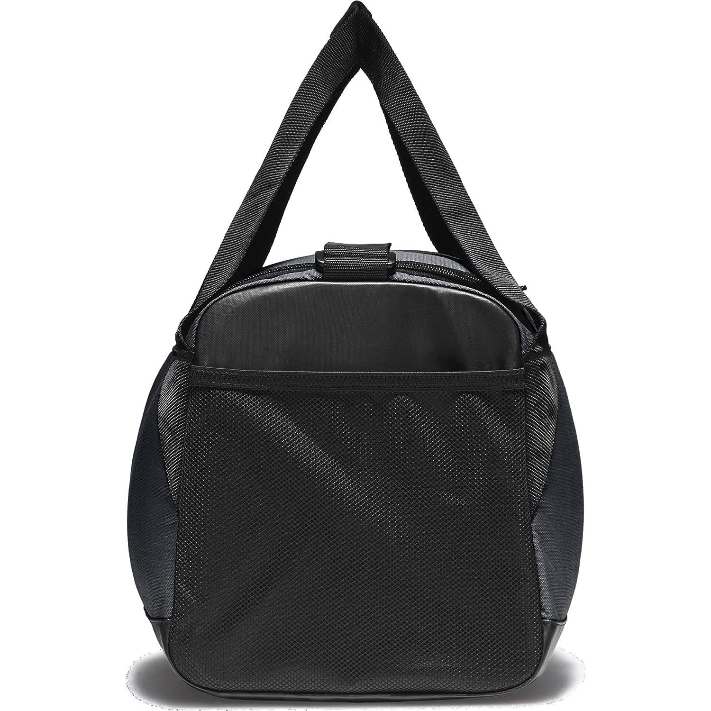 c3935538cc76 Amazon.com  NIKE Brasilia Training Duffel Bag