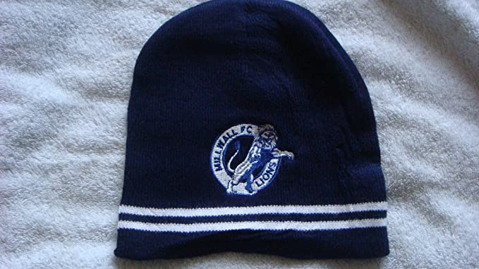 ec2c44a5ed1 MILLWALL FC navy home style beanie hat  Amazon.co.uk  Sports   Outdoors