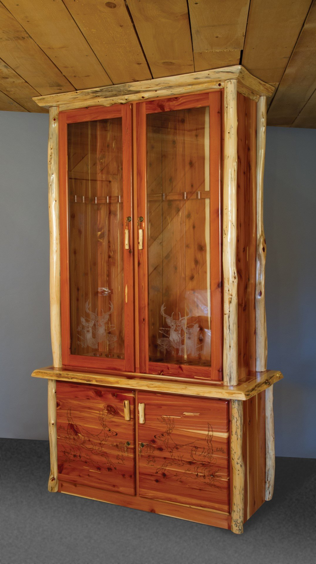 Rustic Red Cedar Log 12-Gun Cabinet - Amish Made in the USA