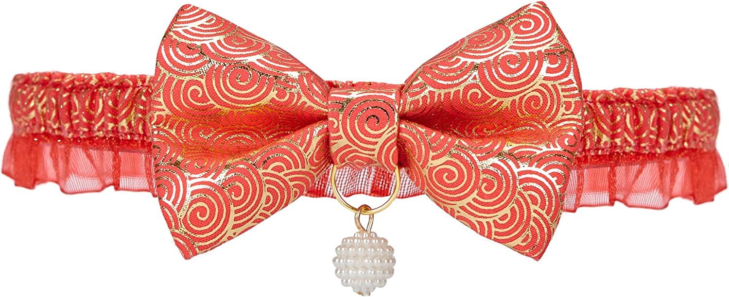 Blueberry Pet Japanese Style Gold Print Lucky Clouds Breakaway Lace Choker Cat Collar in Red with Handmade Bow Tie and Pearl, Safety Elastic Stretch Collar for Cats, Neck 21.5cm-30cm: Amazon.es: Hogar