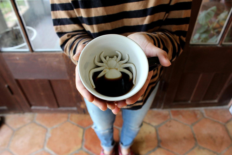 325 Milliliter, Schwarz | Auf der Innenseite versteckte Tiermotive Weihnachts- und Geburtstagsgeschenk f/ür Kaffee- und Teeliebhaber Ceature Cups Spinne-Keramiktasse