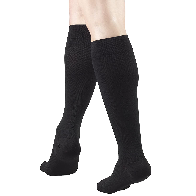 364b0c373 Amazon.com  Truform 15-20 mmHg Compression Stockings for Men and Women