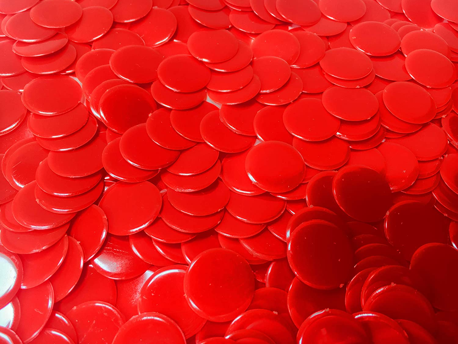 19 Color Choices 7//8 Inch Plastic Bingo Chips 100 Count
