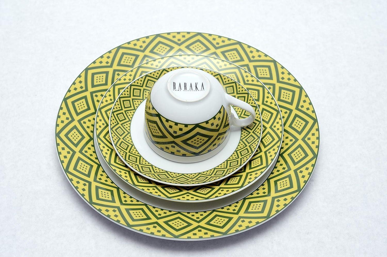 porcelana blanca con borde de color amarillo profundo y borde verde – 22 piezas. Vajilla