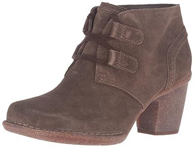 b8b0bfb6 Amazon.com | Clarks Women's Carleta Lyon Boot | Shoes