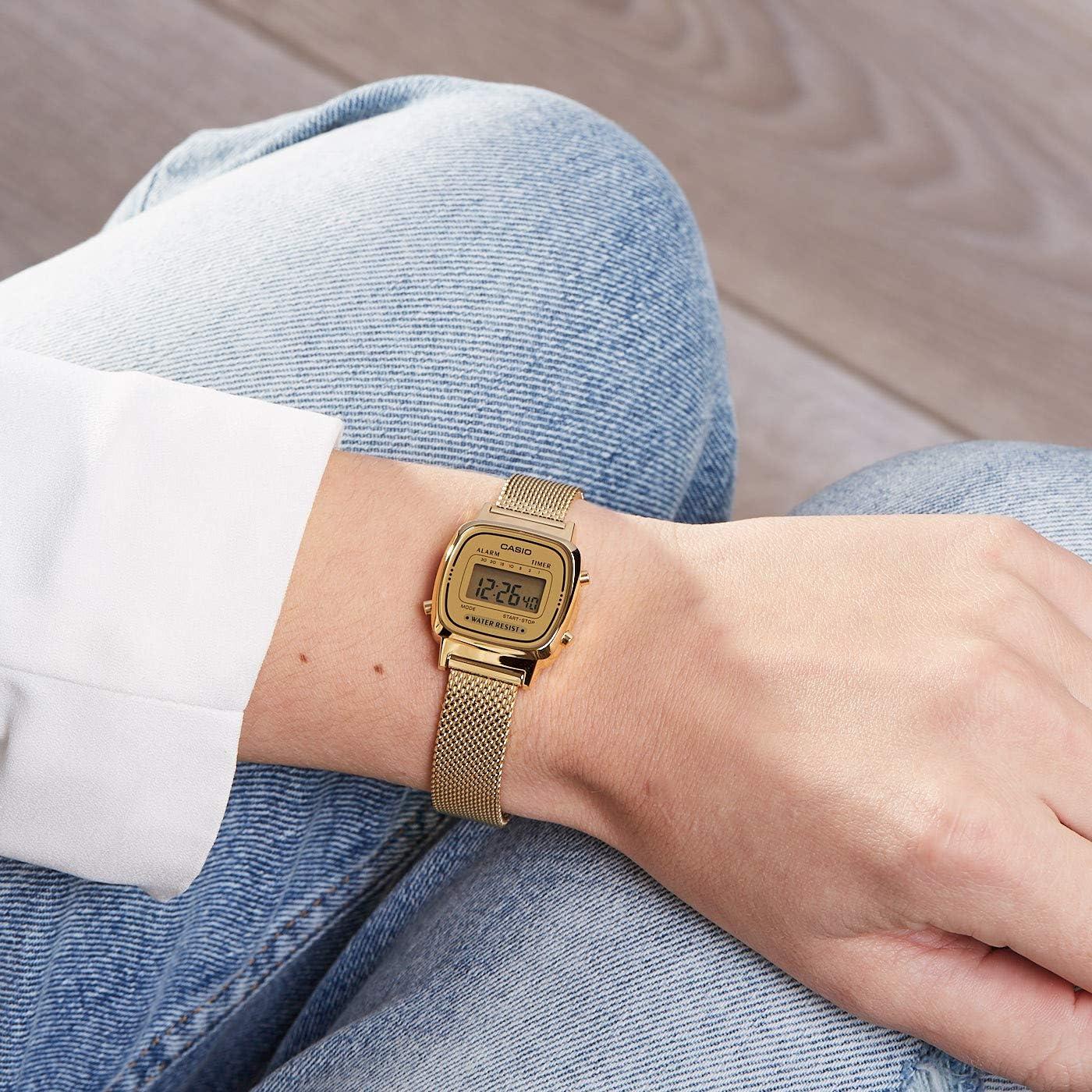 Casio Femmes Digital Quartz Montre avec Bracelet en Acier  85nf2
