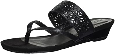 04362fed9f Amazon.com | Kenneth Cole REACTION Women's Chime Low Wedge Thong ...