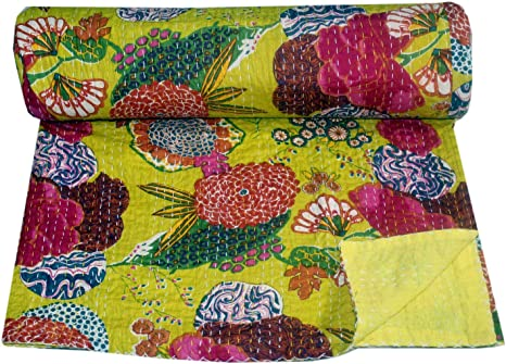 Handmade Kantha Quilt Floral Design Reversible Kantha Blanket Indian Sari Kantha Throw Bohemian Kantha Bedspread Hand Stitched Bed Cover