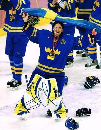 Autographed Henrik Lundqvist Photo Team Sweden 11x14 Gold Medal W