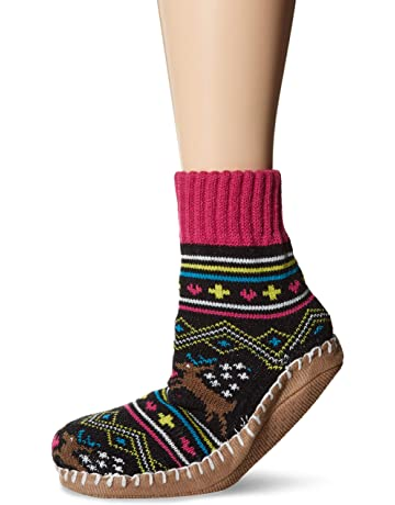 1471ae4b8c48 MUK LUKS Women s Short Slipper Socks