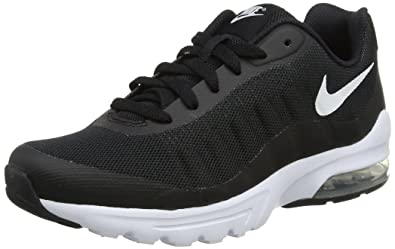 96b20af61e3b Nike Boys  Air Max Invigor (Gs) Gymnastics Shoes