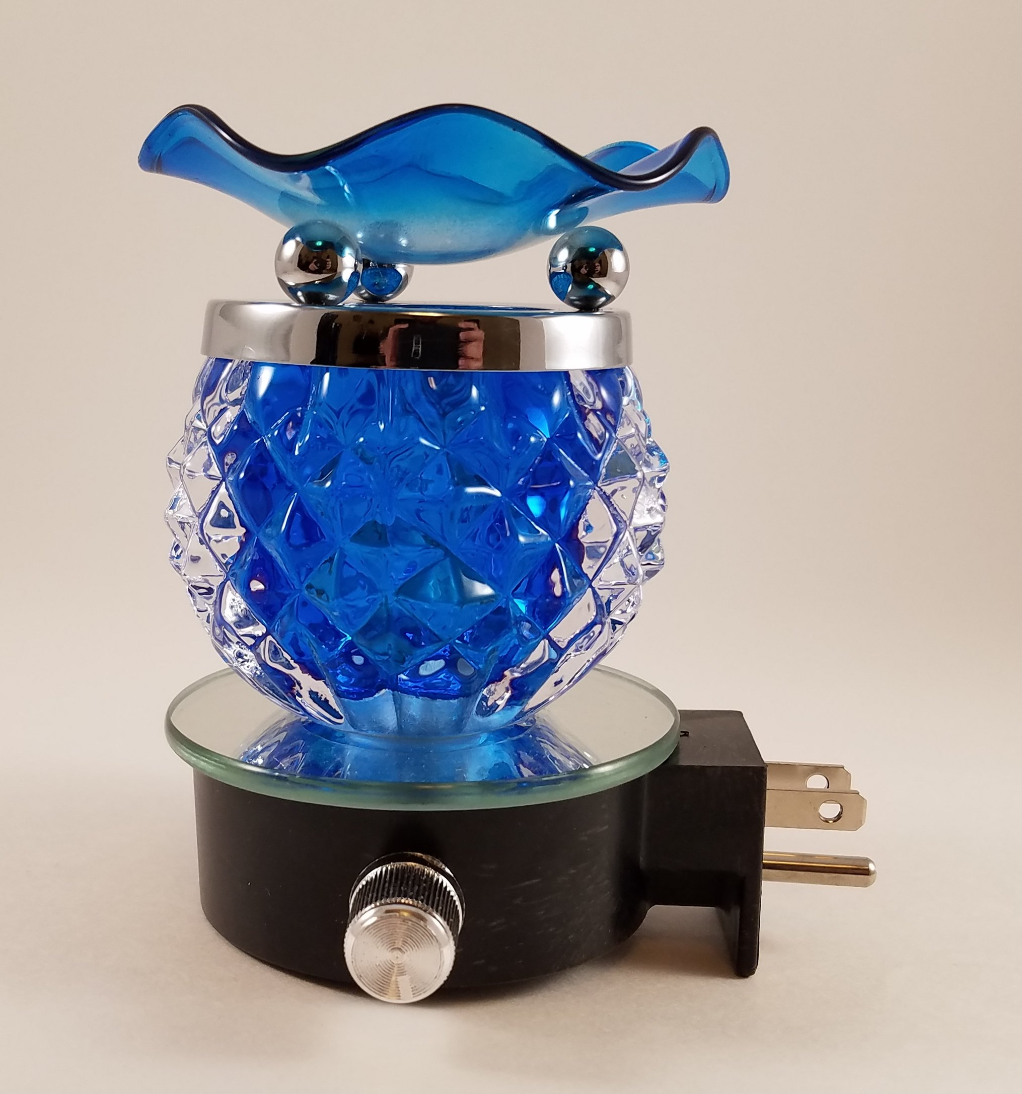 Plug-In Aromatherapy Fragrance Lamp W/Dimmer Electric Oil Warmer/Burner by Modern Family Life
