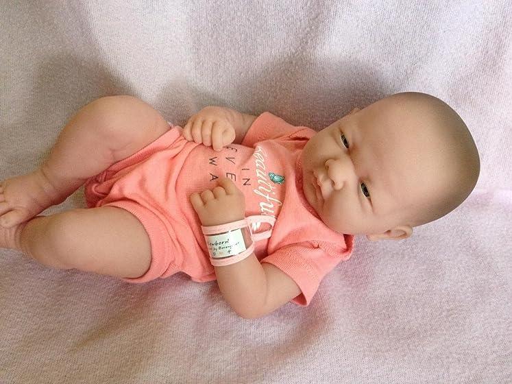 Berenguer Dolls 18543_La Newborn 8 Piece Layette gift set, 14-inch , Pink Wonderful doll but very small