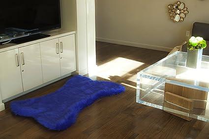 Amazon.com: 8\'x5\' Royal Dog Bone Shape Faux Fur Rug Living ...