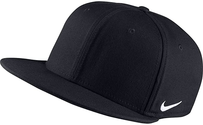 9a00b9d81f7cd Amazon.com  NIKE Men s True Swoosh Flex Dri-FIT Hat (Black
