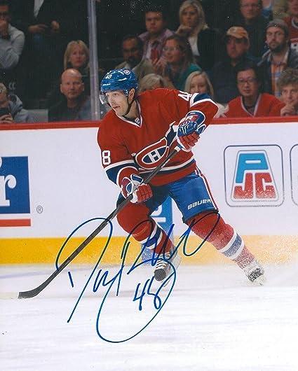 Daniel Briere Signed Photo - 8X10 COA - Autographed NHL Photos at ... 691a55d61
