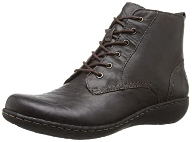 Clarks Women's Fianna Holly Chukka Boot, Brown Leather, ...