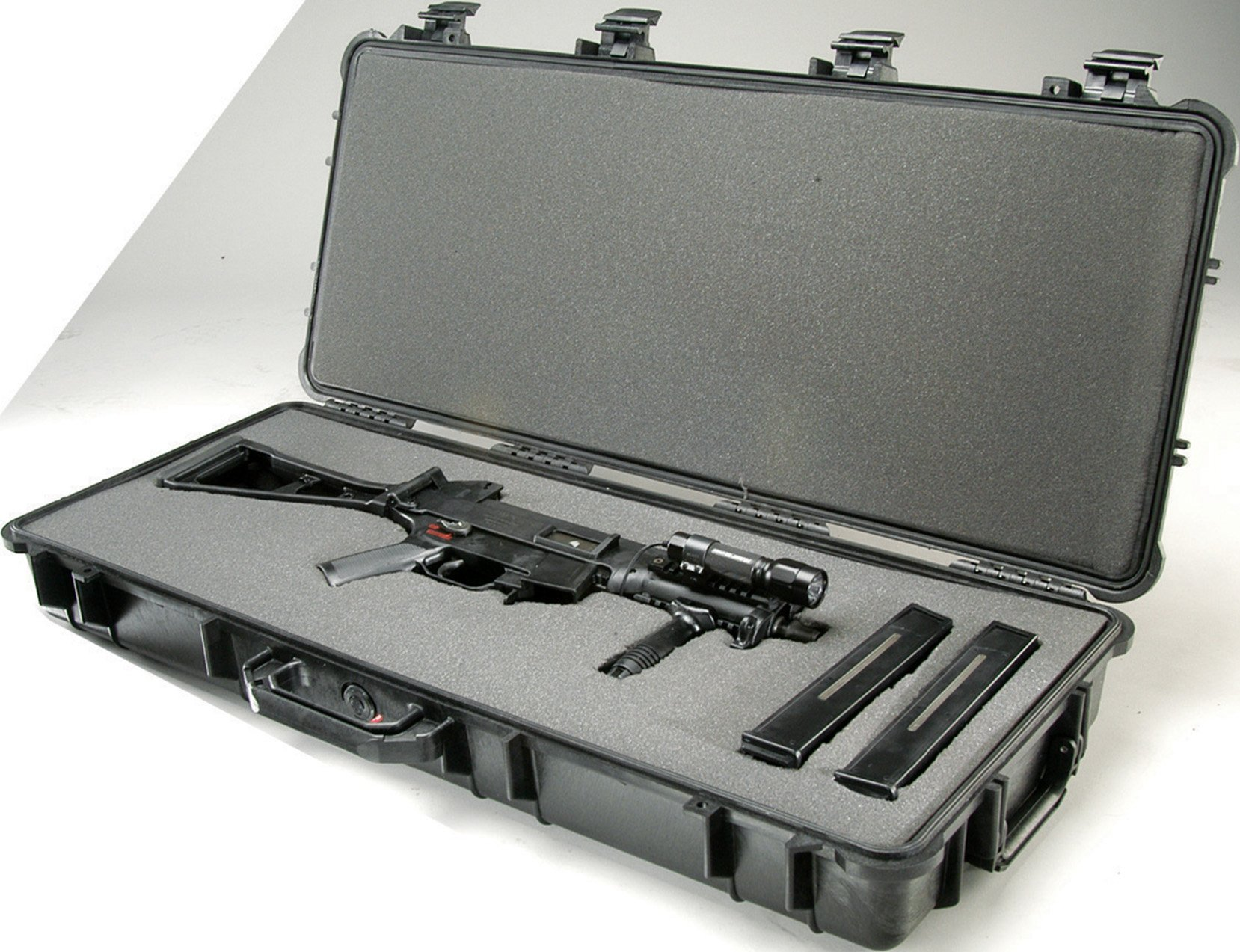Pelican 1700 Rifle Case With Foam (Black) by Pelican (Image #3)