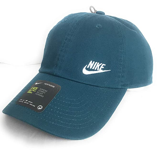 a560cc3bfff Image Unavailable. Image not available for. Colour  NIKE Women s Heritage  86 Swoosh Hat ...