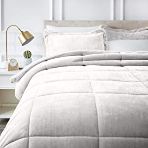 AmazonBasics Micromink Sherpa Comforter Set - Ultra-Soft, Fray-Resistant -Full/Queen, Cream