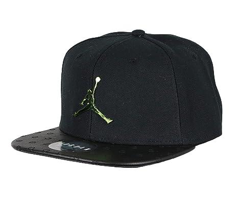 outlet store 7ae07 3b96e Amazon.com: Jordan Kid's Retro 13 Altitude Snapback Cap One ...